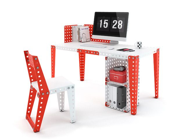 Build your own furniture with this giant Meccano! Studio room