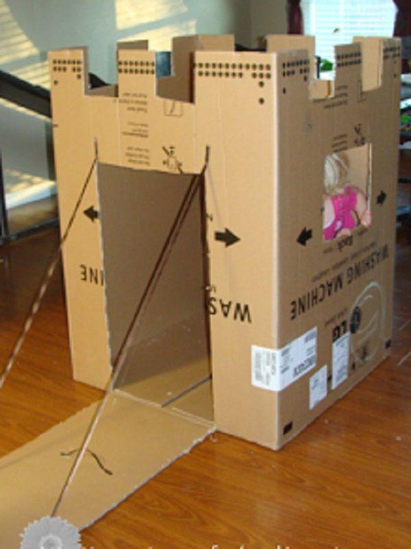 comment fabriquer une cabane en carton. Black Bedroom Furniture Sets. Home Design Ideas
