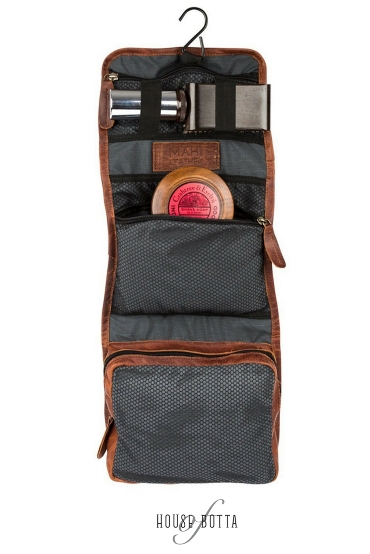 73bc94f10067 The Pioneer Hanging Wash Bag | 背包 | Wash bags, Bags, Men