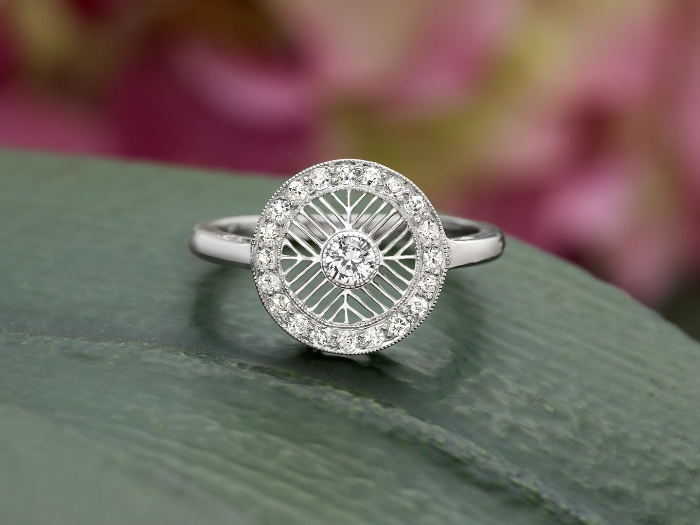 a beautiful art deco engagement ring. | vintage ring collection