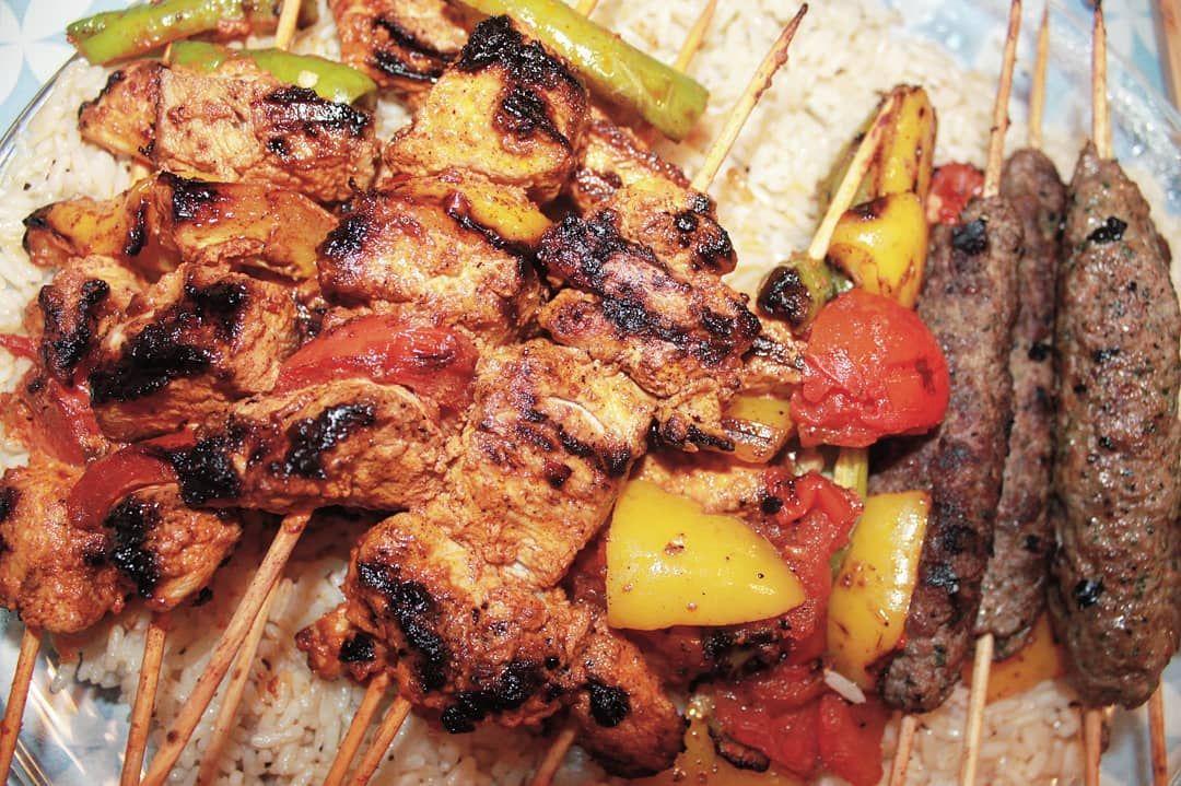 مشاوي على الفحم شيش طاووق كباب كفته عربي أرز Bbq Shish Tawouk Kebab Arabic Kefteh Rice Grill كباب مشاوي Grilling