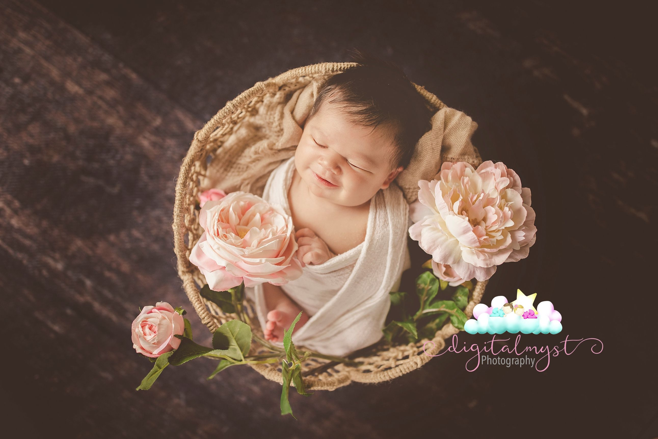 Pink Newborn Baby Photo Inspiration 10day Old Gabby S Tampa Newborn Photography Session With Images Baby Photo Inspiration Newborn Photography Newborn Baby Photos