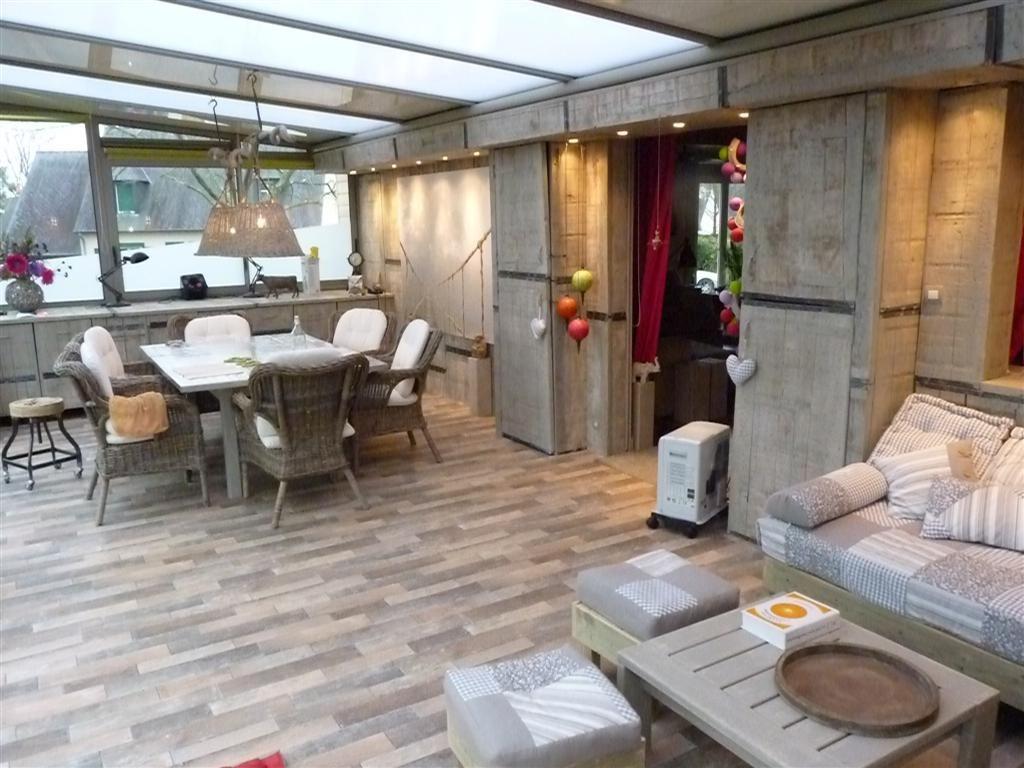 deco peinture veranda. Black Bedroom Furniture Sets. Home Design Ideas