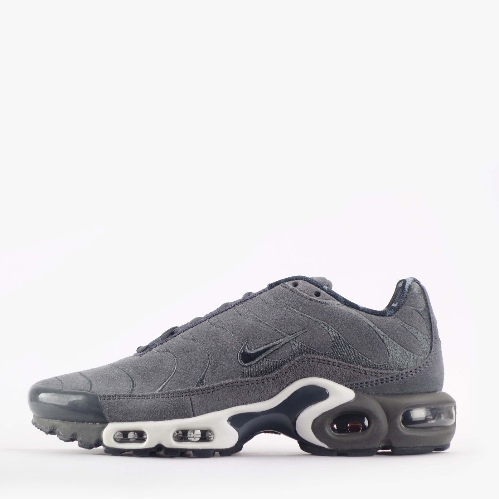 the best attitude da11f 20fa0 Nike Air Max Plus Premium Tuned TN Suede Mens Shoes In Dark Grey in  Clothes, Shoes   Accessories, Men s Shoes, Trainers   eBay