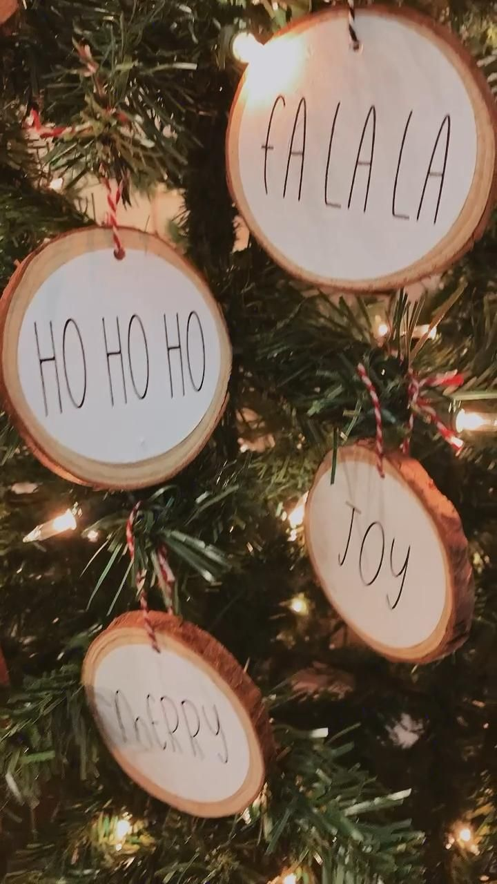 Personalized wood ornaments for a #rusticchristmas tree 🎄