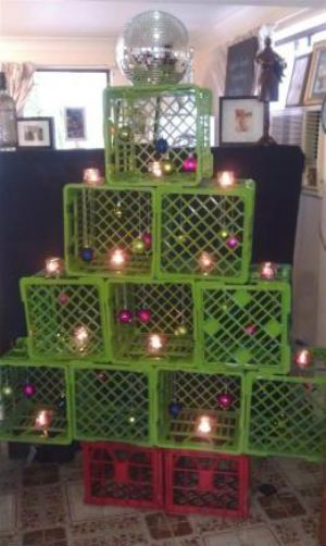 ghetto-christmas-decorations-43   kinda ratchet but cute xmas trees ...