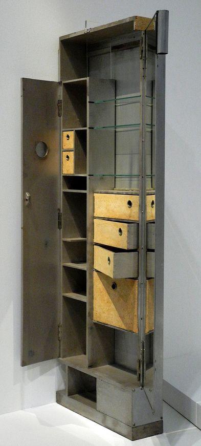 eileen gray coiffeuse 39 armoire 39 aluminium bois et li ge 1924 26 eileen gray designer. Black Bedroom Furniture Sets. Home Design Ideas