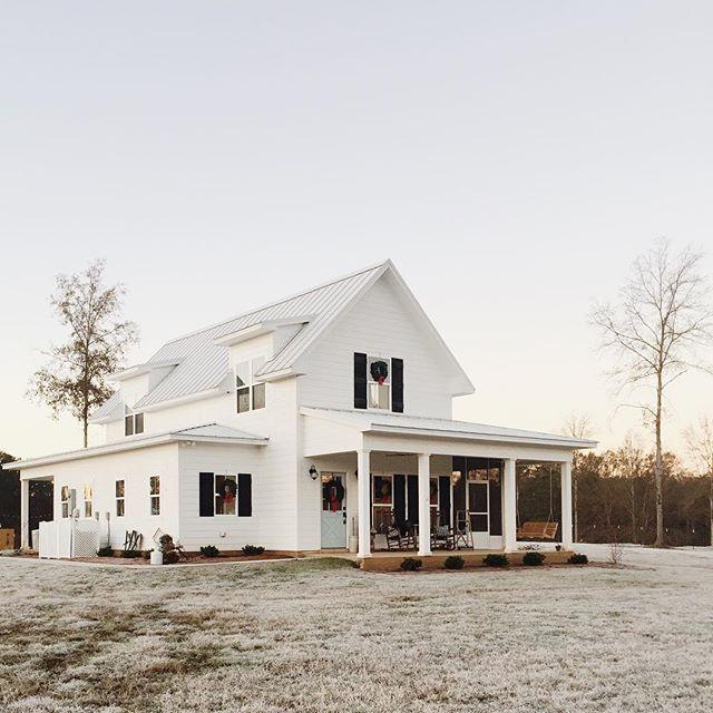 Pretty Modern Farmhouse Via Brittanyork On Ig