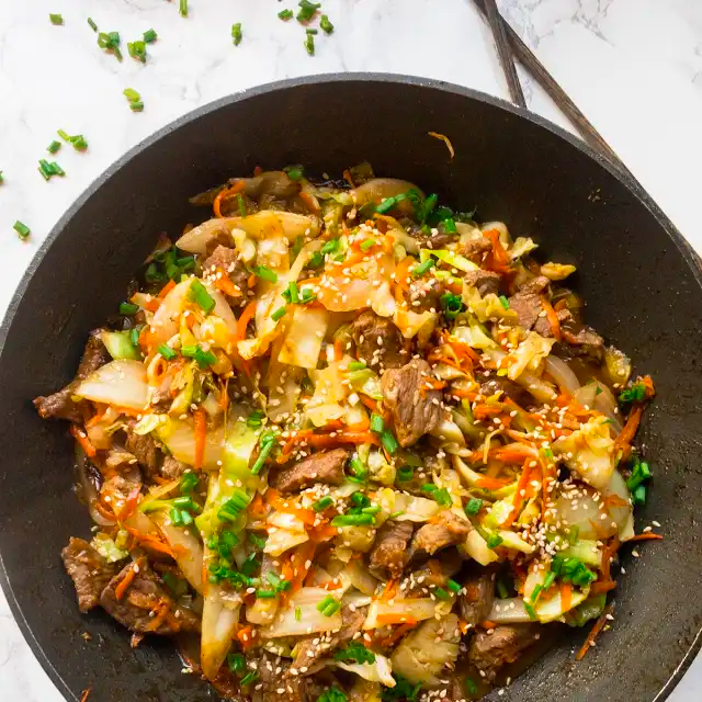 Ginger Cabbage and Beef Stir Fry #cabbagestirfry