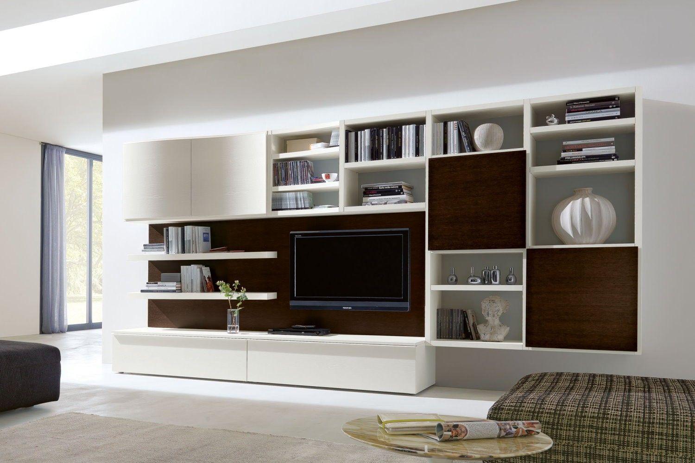 Parete attrezzata in rovere 550 con contenitori e libreria for Parete attrezzata design moderno
