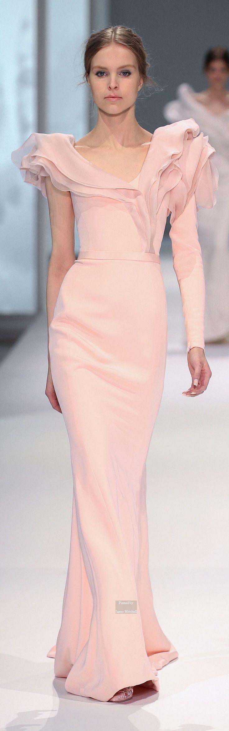 Ralph & Russo Spring/Summer 2015 Couture | La novia, Couture y Perfecta
