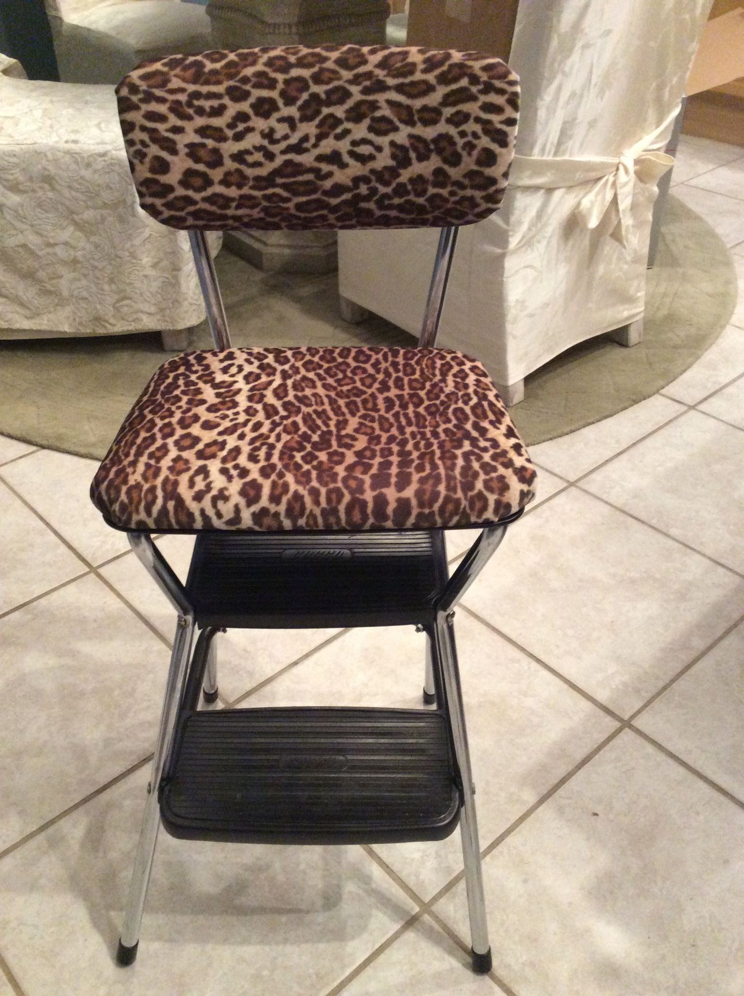 Groovy Vintage Cosco Step Stool Makeover No Tutorial I Just Took Alphanode Cool Chair Designs And Ideas Alphanodeonline