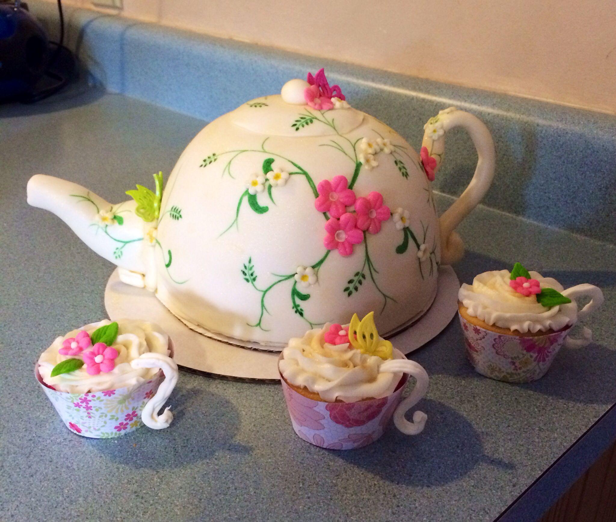 Tea Party Teapot Birthday Cake, Kelly's Cakes.