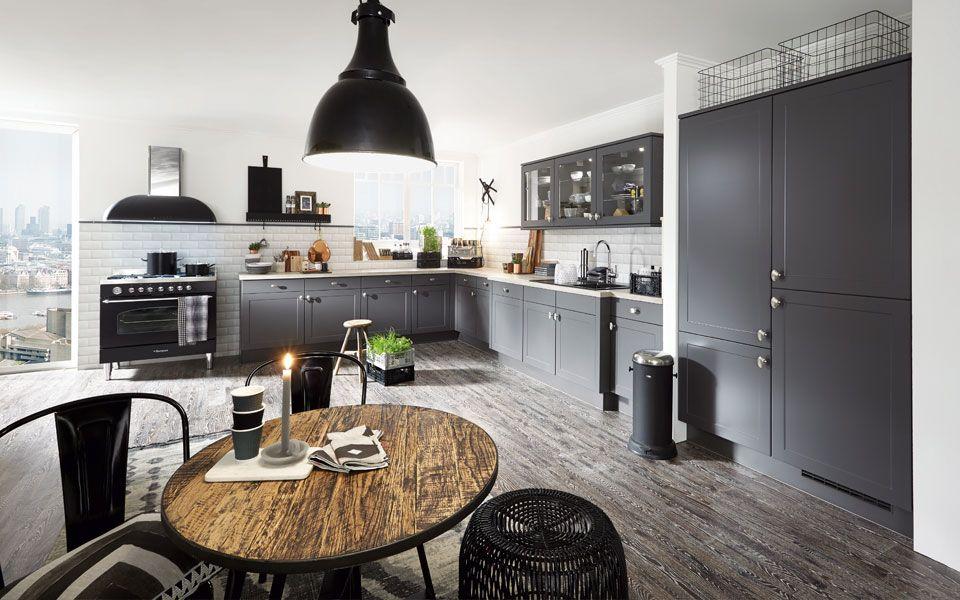 Küche LForm in Dunkelgrau, VintageLandhausstil Küche