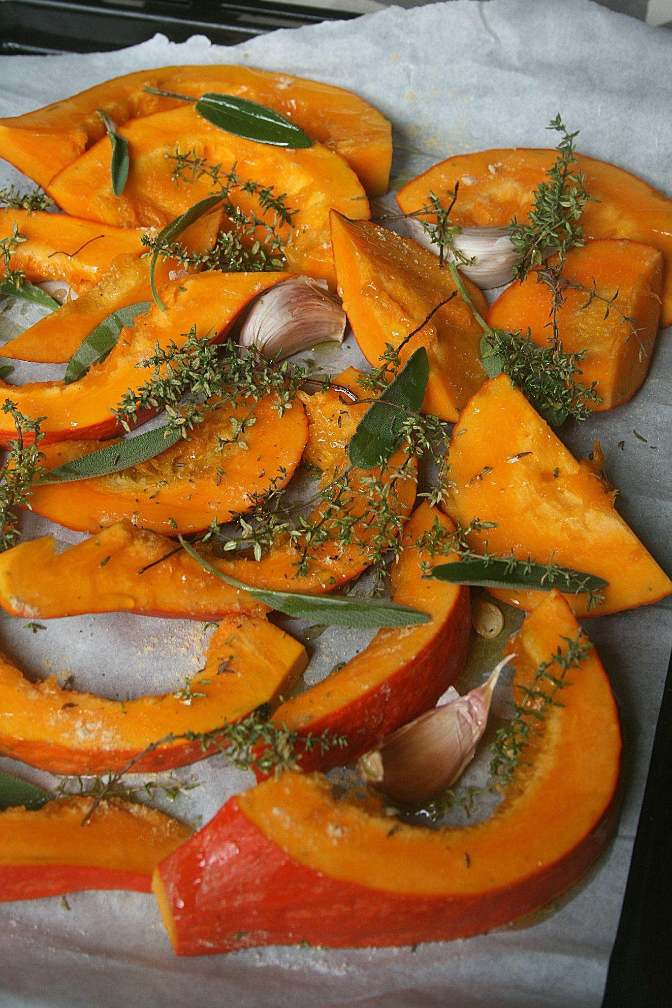 Potimarron r ti au four passion culinaire by minouchka courgettes pinterest - Comment cuisiner les butternuts ...