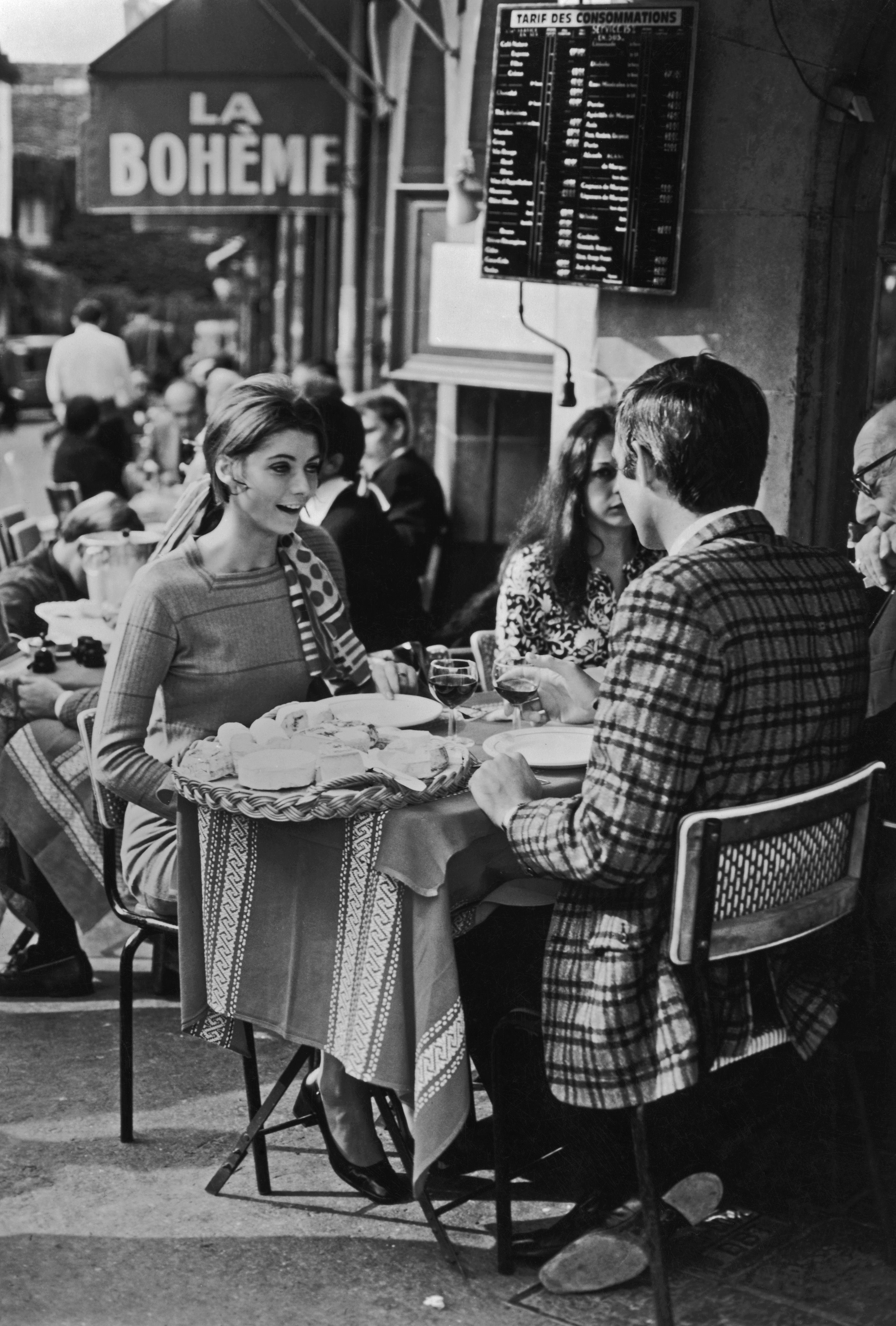 13 Vintage Photos Of Paris That Will Make You Wish For A ...