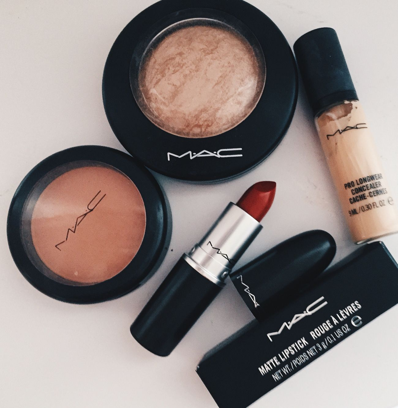 Discount mac makeup cosmetics wholesale outlet sale 1 9 for What is cosmetics made of
