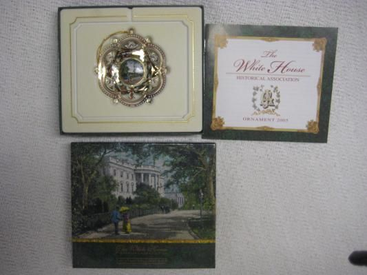 Christmas 2005 White House Annual-MR JEFFS BOOKSTORE AND MORE
