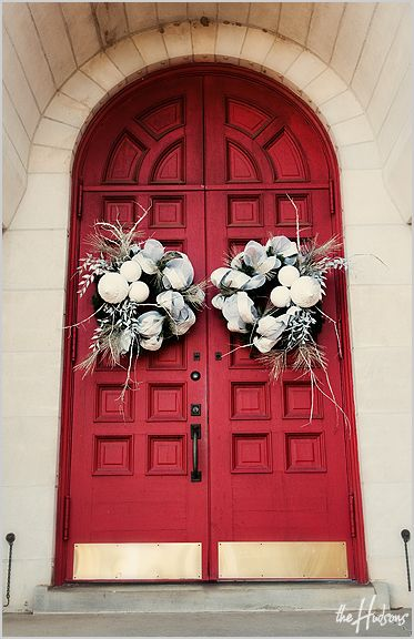 White holiday wreaths on a red church door - Photo by Jason & White holiday wreaths on a red church door - Photo by Jason ... pezcame.com