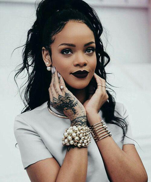Icons Rihanna Rihanna cabelos, Comemoração e Estilo