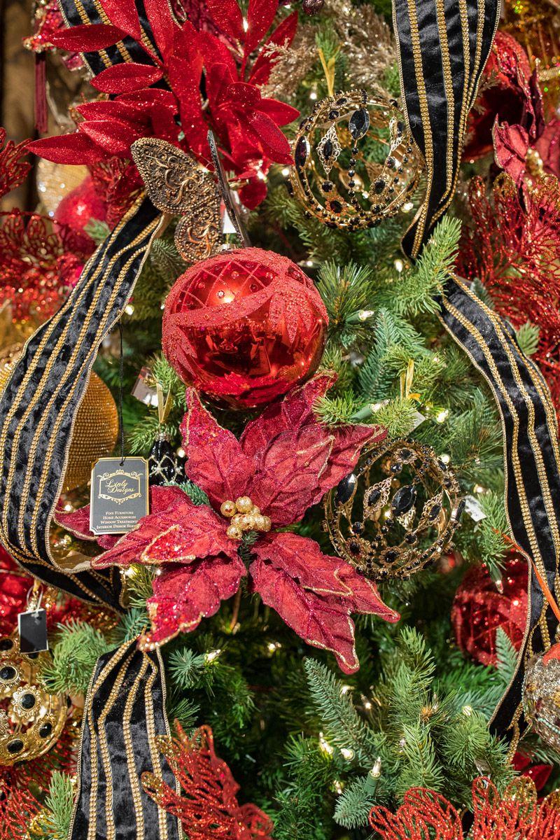 Luxury Christmas Tree Decorating Luxury Christmas Tree Christmas Tree Decorations Red Christmas Tree