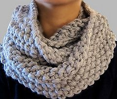 ALL WRAPPED UP CHUNKY INFINITY SCARF COWL
