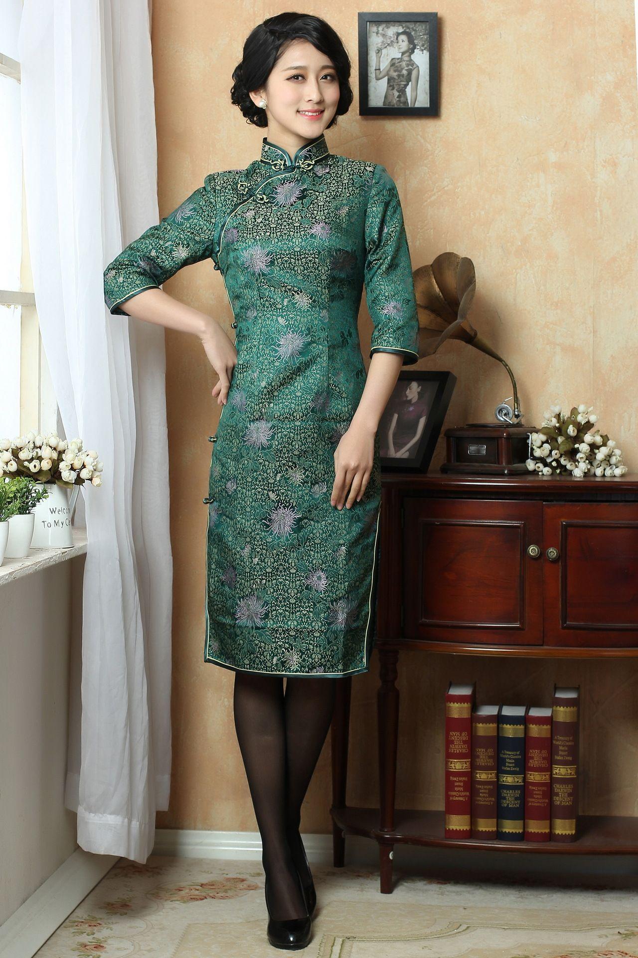 Green Egeria Chrysanthemum Floral Traditional Silk Brocade Qipao Chinese 3 Quarter Long Sleeves Che Traditional Chinese Dress Cheongsam Dress Long Sleeve Dress [ 1920 x 1280 Pixel ]