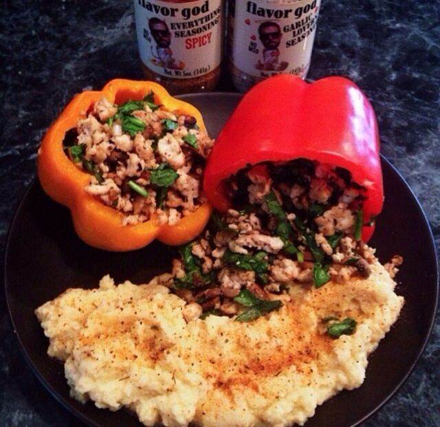 Stuffed Peppers: 1. Sauté diced mushrooms, and fresh garlic. 2. Cook 1lb ground turkey in a separate skillet (add desired seasoning). 3. Add the sautéed mushrooms, and garlic along with chopped spinach with cooked ground turkey, place mixture inside of bell peppers and bake in the oven for 10min at 375.
