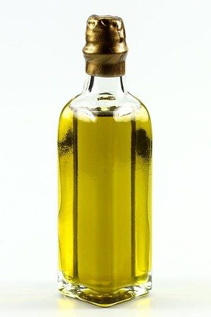 Good Olive Oil   17 Game-Changing Ingredients To Make You A Better Cook In 2016
