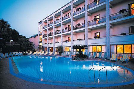 Capodanno in Italia: Hotel 5* ad Ischia + pensione completa a 269 ...