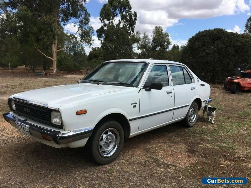 Car for Sale Toyota Corolla KE55 sedan