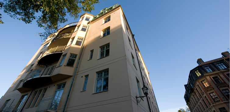Fiskargatan 9 Lisbeth Salander S A 350 Square Meter 3 800 Foot 21 Room Apartment On The Top Floor Of This Building Stieglarssontrilogy
