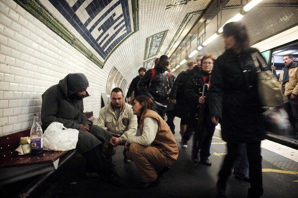 Αποτέλεσμα εικόνας για homeless paris