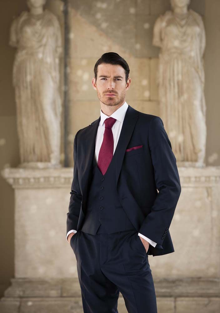 navy suit with red tie - Google Search | Groom Attire | Pinterest ...