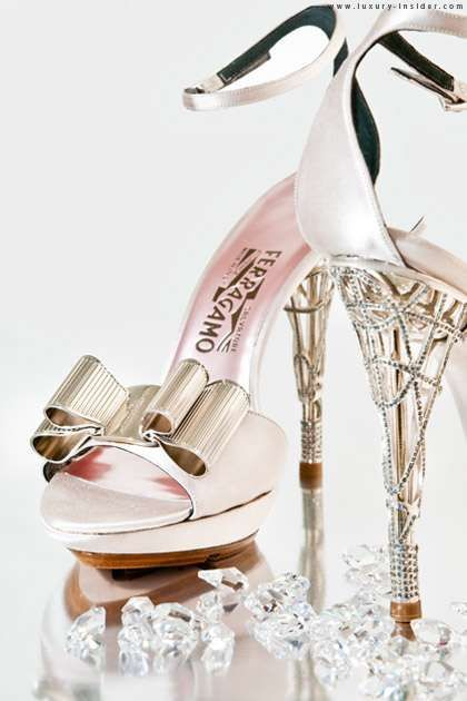 100 Shimmering Holiday Pumps - Pair Dazzling Christmas and New Year's Heels with Your Party Dress (TOPLIST)
