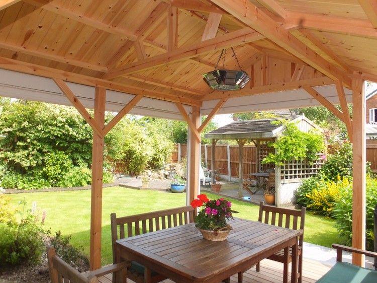 windschutz-terrasse-rolladen-überdachung-holz-garten-grün - garten terrasse uberdachen