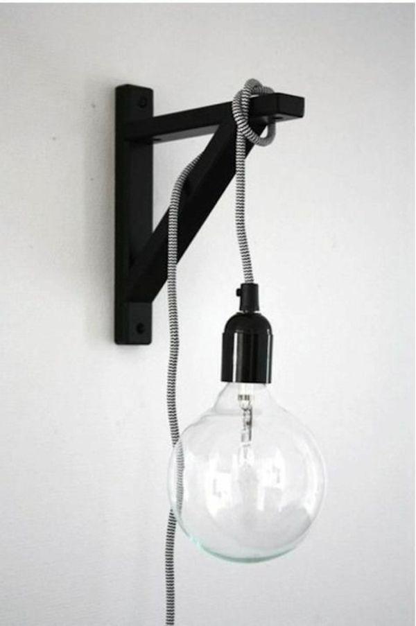 Designer Lampen im modernen Schlafzimmer   Regal halterung ...