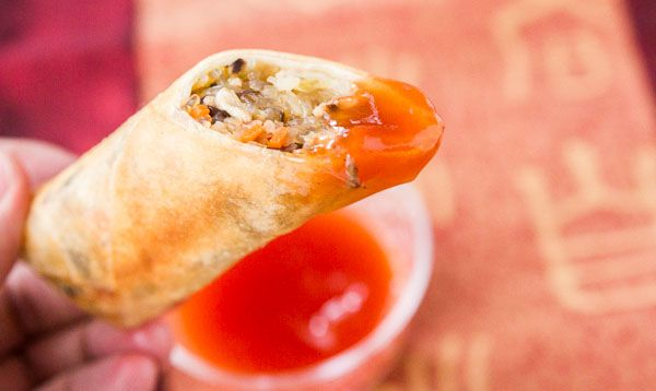Spring roll recipe spring rolls sauces and egg egg rolls with sweet and sour sauce juicy and crunchyi forumfinder Choice Image