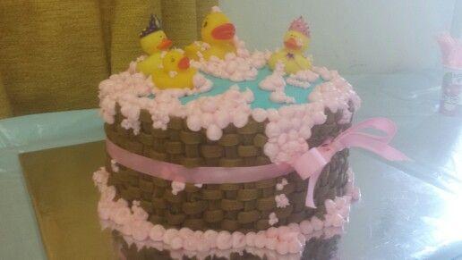 Danielle \' s delightful desserts pink bubble bath cake | baby ...