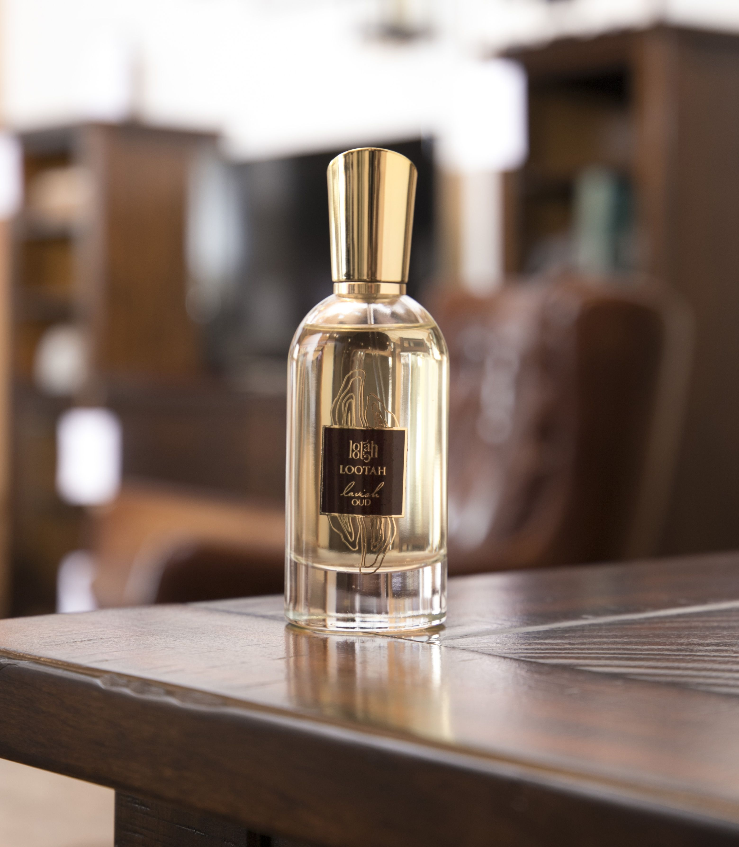 شخصيتك ذات كاريزما قوية أكملها مع عطر لافيش Do You Have A Charismatic Personality Complete It With Lavish Perfu Perfume Perfume Bottles Fragrance