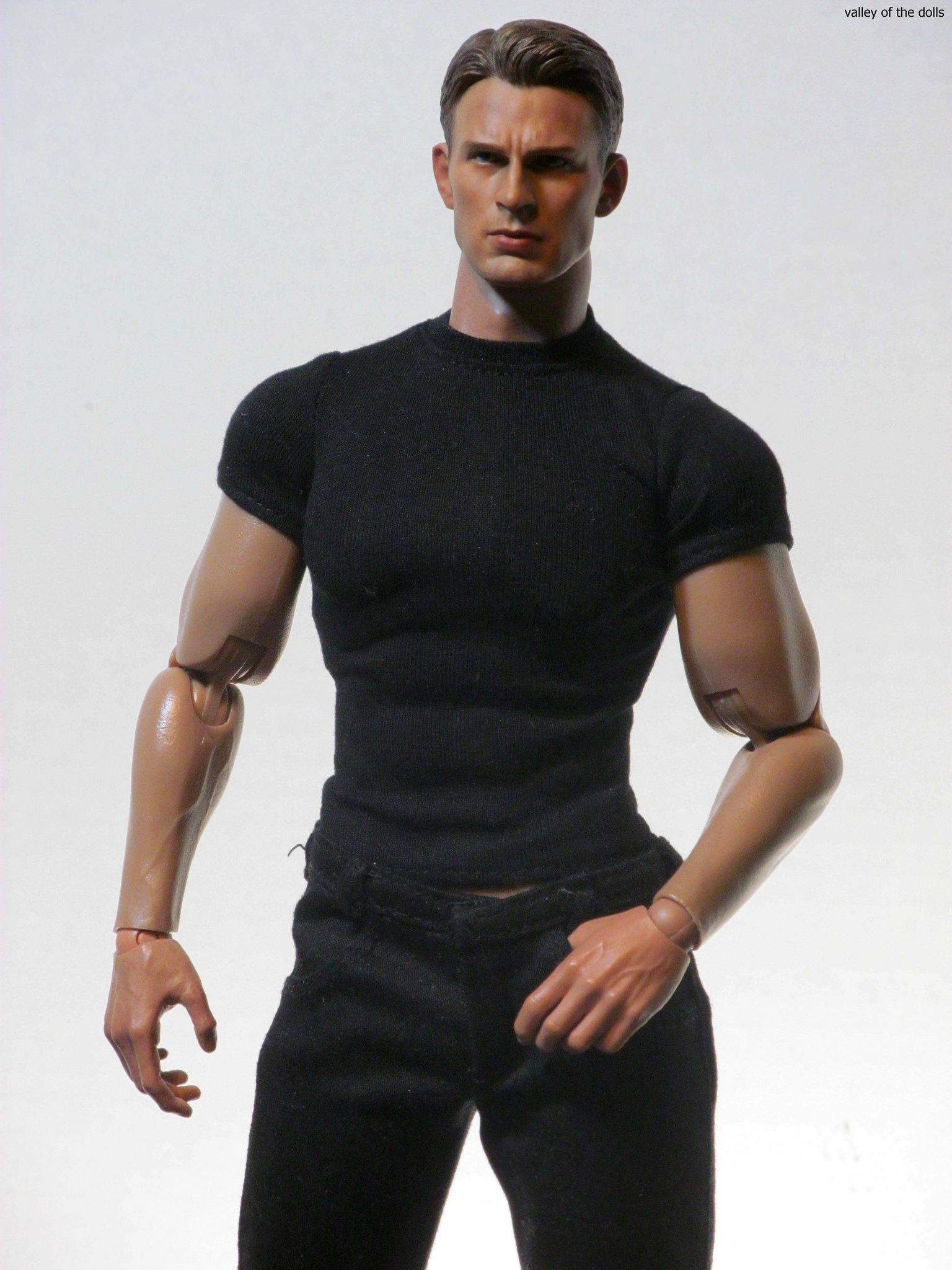 https://flic.kr/p/BL88kH | Chris Evans Action Figure | I found this custom Chris Evans head on Ebay! I really liked the Hot Toys Captain America figures but I'm not a fan of the long neck head sculpt! I was hoping some enterprising artist would do a decent custom short neck version and at long last they have!