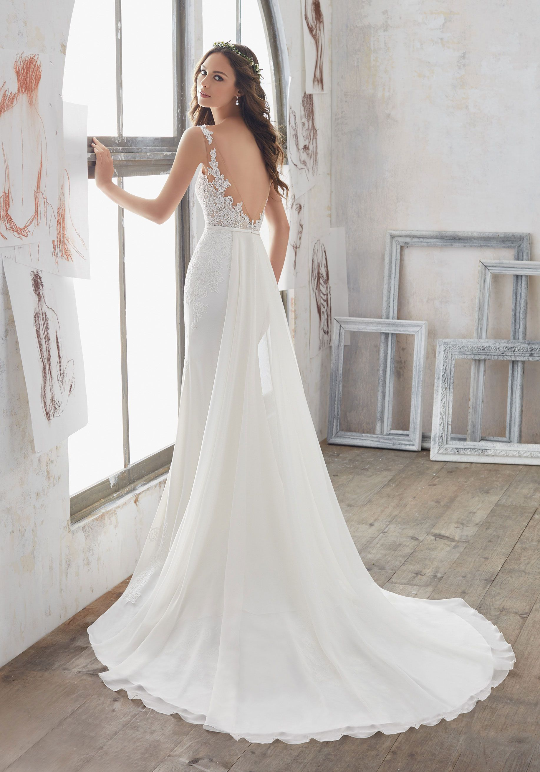 Wedding dress with removable train  Stunning Dress Offers a Perfect Combination  What A Deal Wednesday
