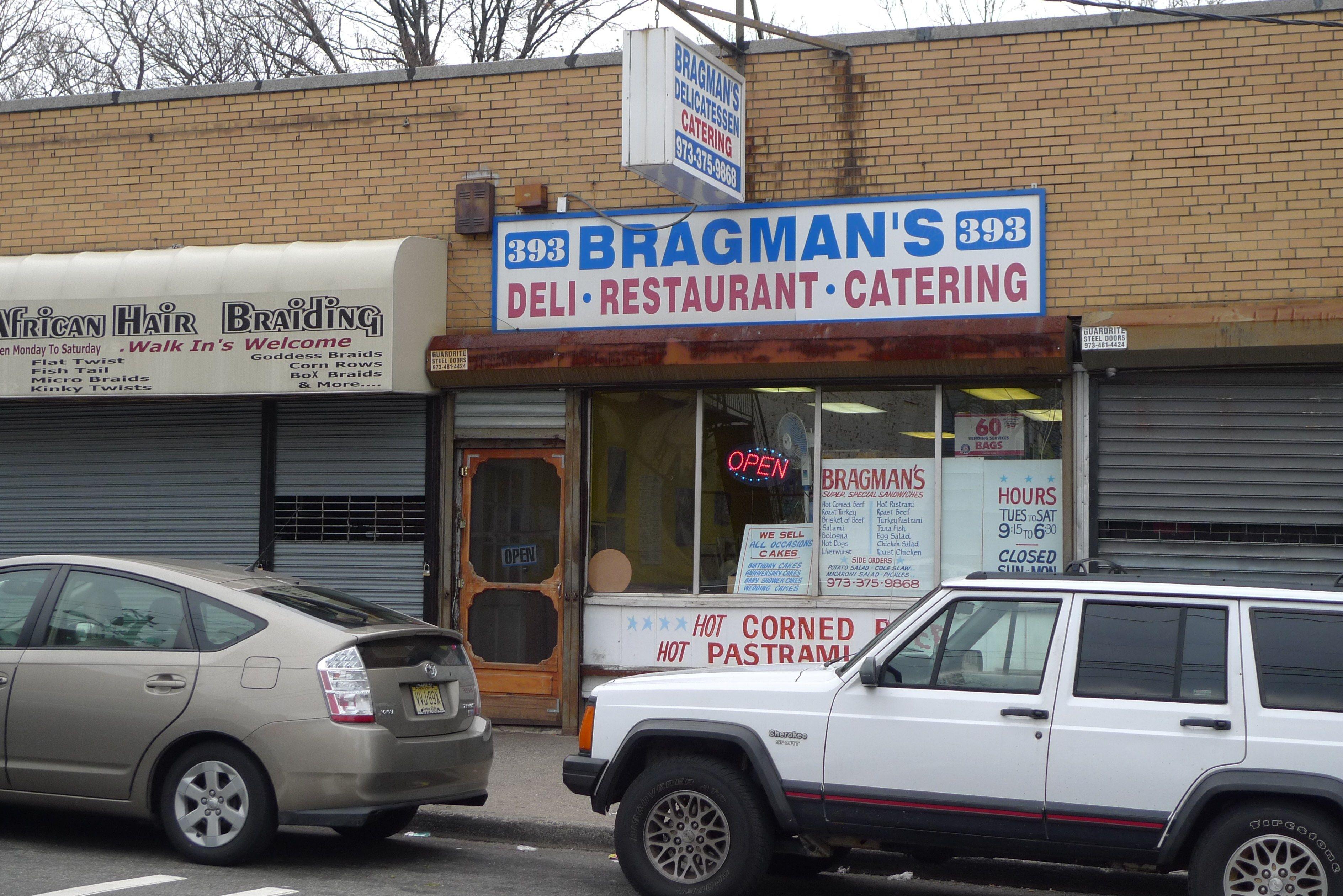 The Two Last Jewish Delis In Newark Nj Jewish Deli Delicatessen Nyc Newark