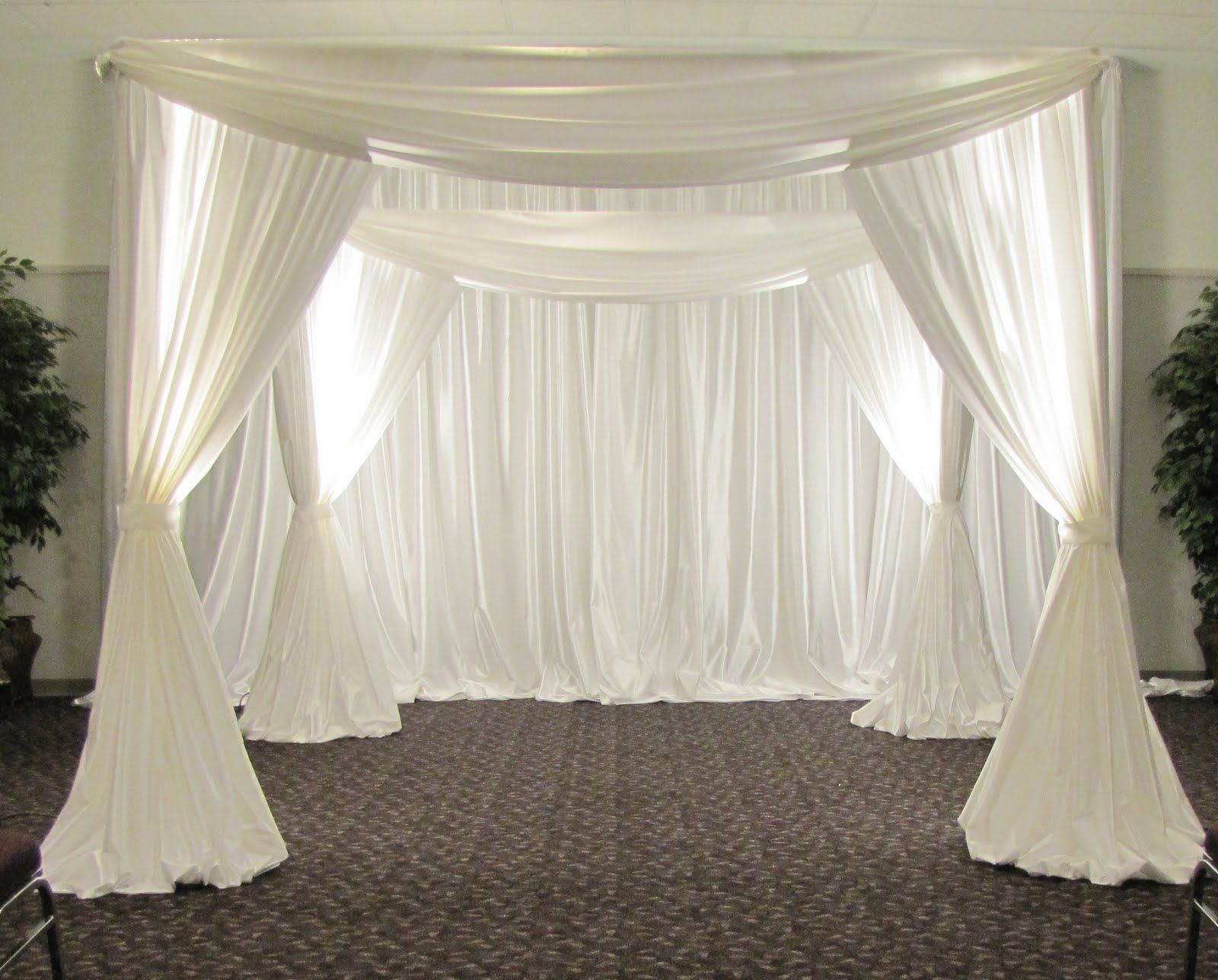 Elegant wedding backdrops party people celebration for Backdrops decoration
