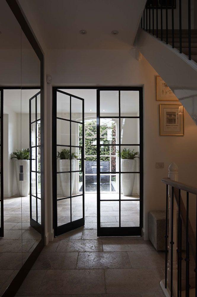 Porte vitr e noire en s paration de pi ces construction maison in 2019 porte vitr e entr e - Porte separation vitree ...
