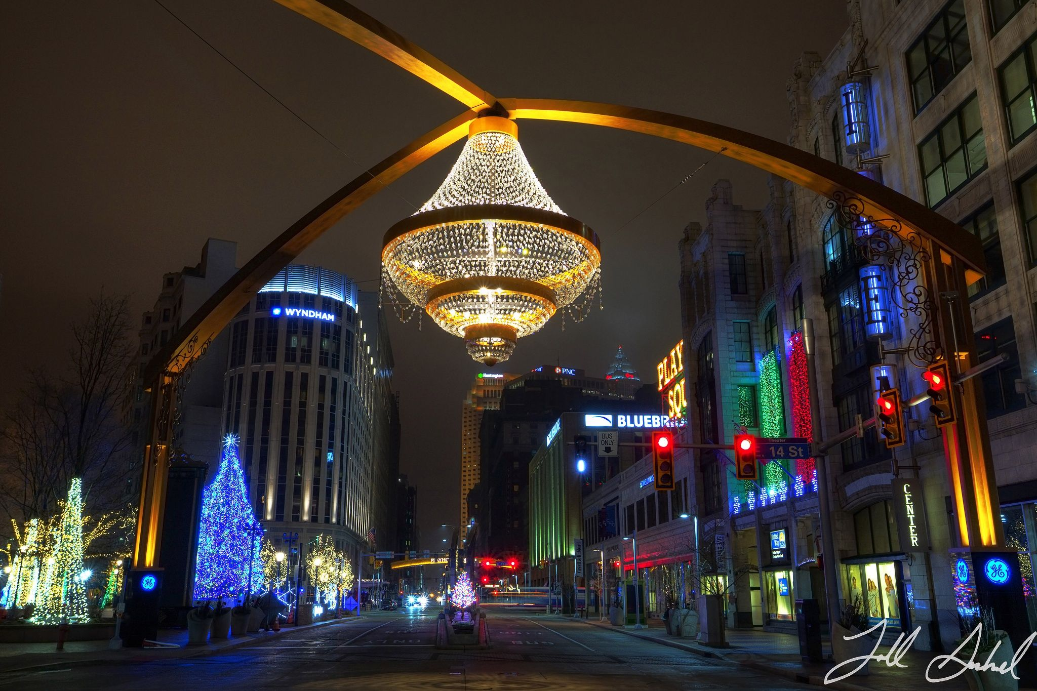 The GE Chandelier Cleveland Ohio by Todd Sechel on 500px
