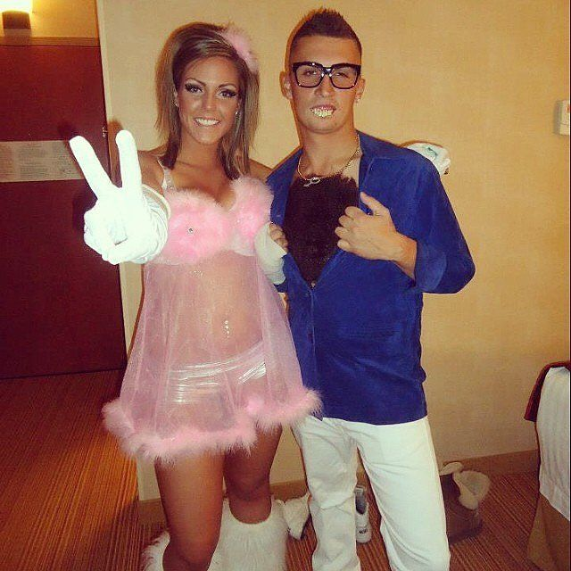 Austin Powers And A Fembot Austin Powers Couple Halloween And - 90s couples halloween costume ideas