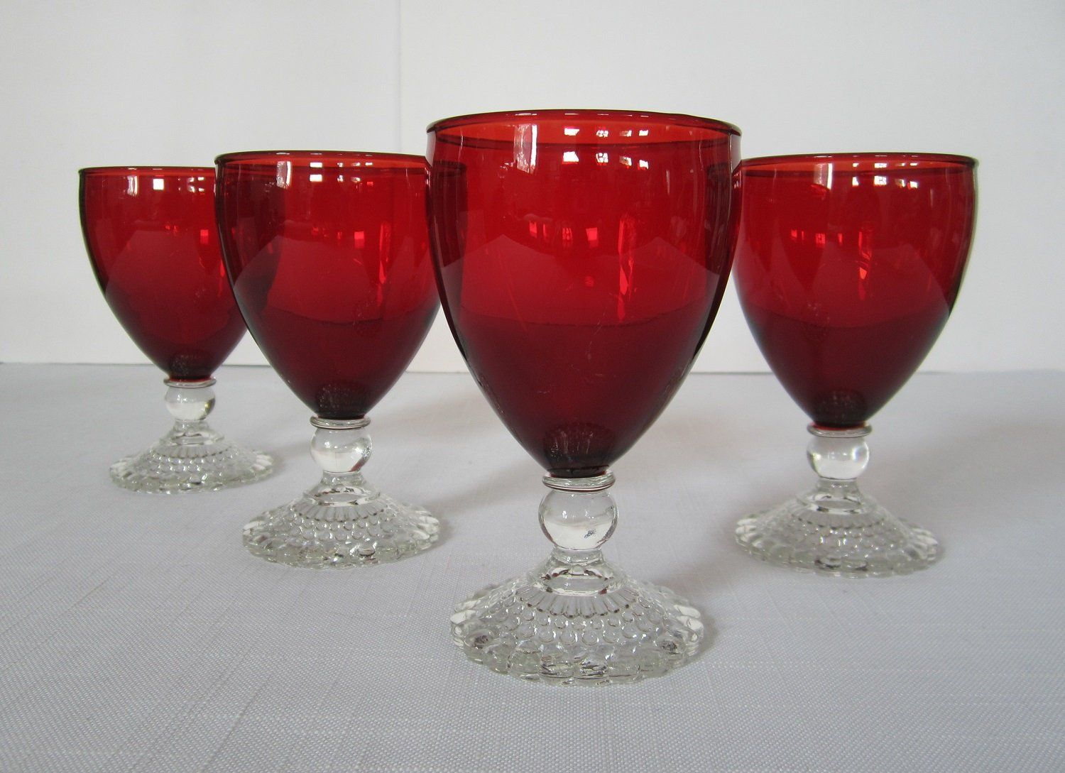 Anchor Hocking 4 Pc Bubble Foot Ruby Red Water Glass Set Vintage Midcentury 9 Oz Footed Goblets Clear Ball Stem And Beaded Hollo Glass Set Red Glasses Red Bowl