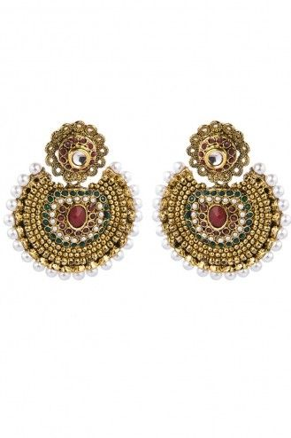 Almost like the ones as Deepika Padukone style in Ram ...
