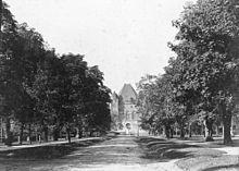 University Avenue (Toronto) - Wikipedia, the free encyclopedia              University Avenue  1900